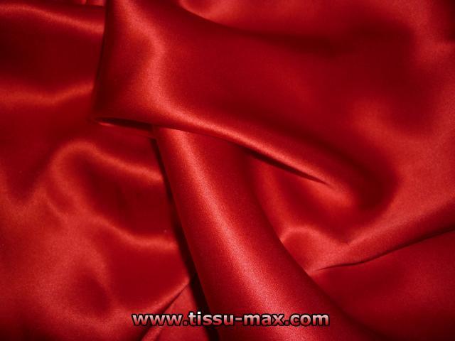 satin de soie satin de soie rouge 16 tissus au m tre. Black Bedroom Furniture Sets. Home Design Ideas
